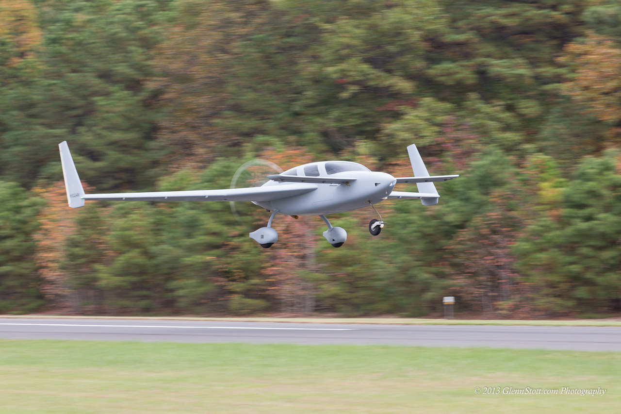 Jeremy Solomon's new Velocity N1024N lifts off from Rwy 24